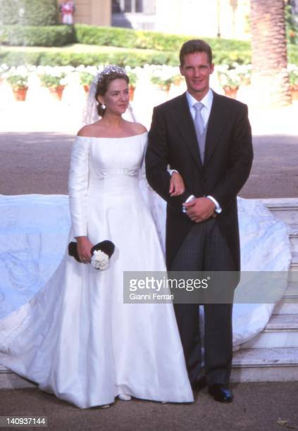 The Infanta Cristina and her groom Inaqui Urdargarin at the Pedralbes Palace before the wedding. 4th October 1997, Barcelona, Spain.