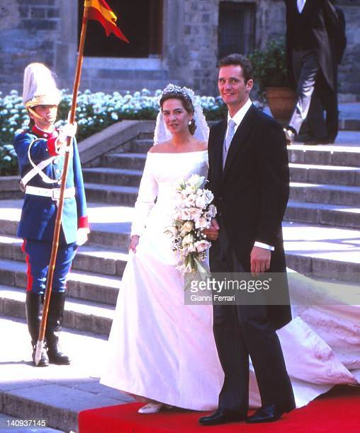 The Infanta Cristina and her groom Inaqui Urdargarin at the Pedralbes Palace before the wedding, 4th October 1997, Barcelona, Spain.