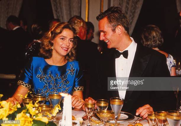 The Infanta Cristina, daughter der the Spanish Kings, and her groom Inaqui Urdangarin at the gala dinner the night before their wedding, Third...