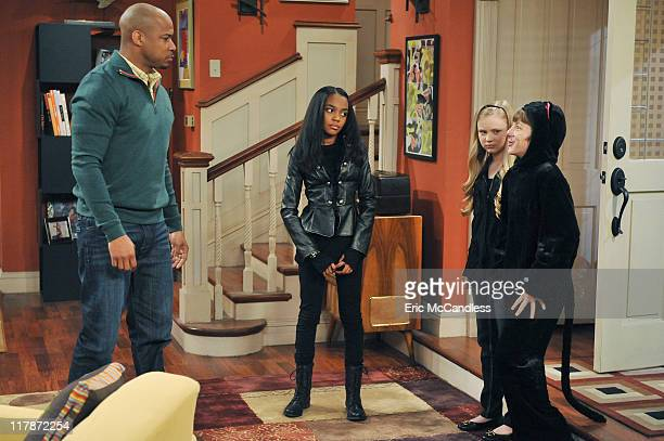 ANT FARM The InformANT Chyna wants a new designer bag that all the girls in high school are wearing but her father Darryl gets her a hideous used bag...