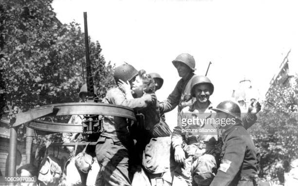 The inhabitans of Paris greet the American troops after the liberation of the city German commander Dietrich von Choltitz had given the order to...