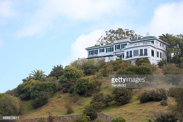 the inn on mt. ada, catalina island - terryfic3d stock pictures, royalty-free photos & images