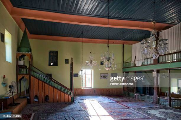 the interior of adatepe village mosque,ayvacik. - emreturanphoto stock-fotos und bilder