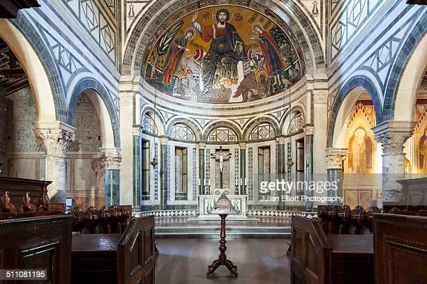 the interior of san miniato al monte basilica - san miniato stock pictures, royalty-free photos & images