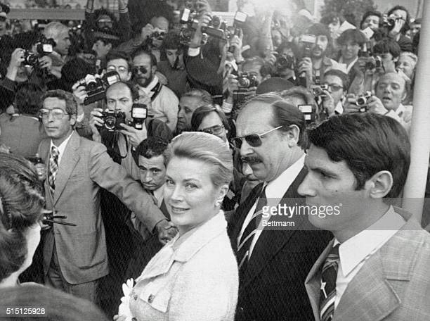 The International Film Festival. Cannes, France: Princess Grace of Monaco at Festival Palace among journalists to assist at the screening to pay...