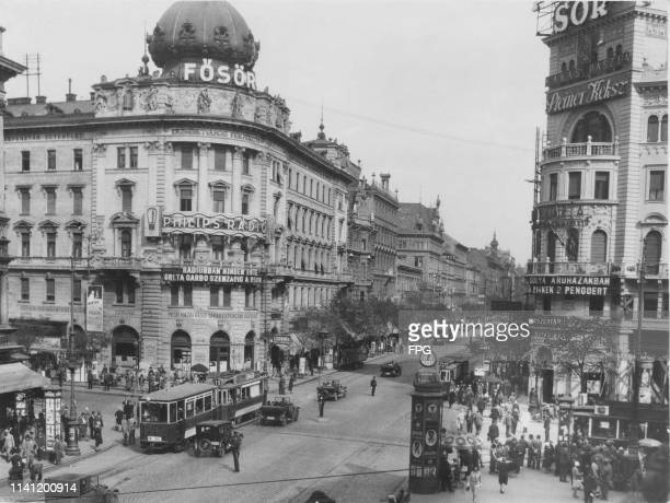 The intersection of Rákóczi Avenue and the Grand Boulevard in Budapest 1930s