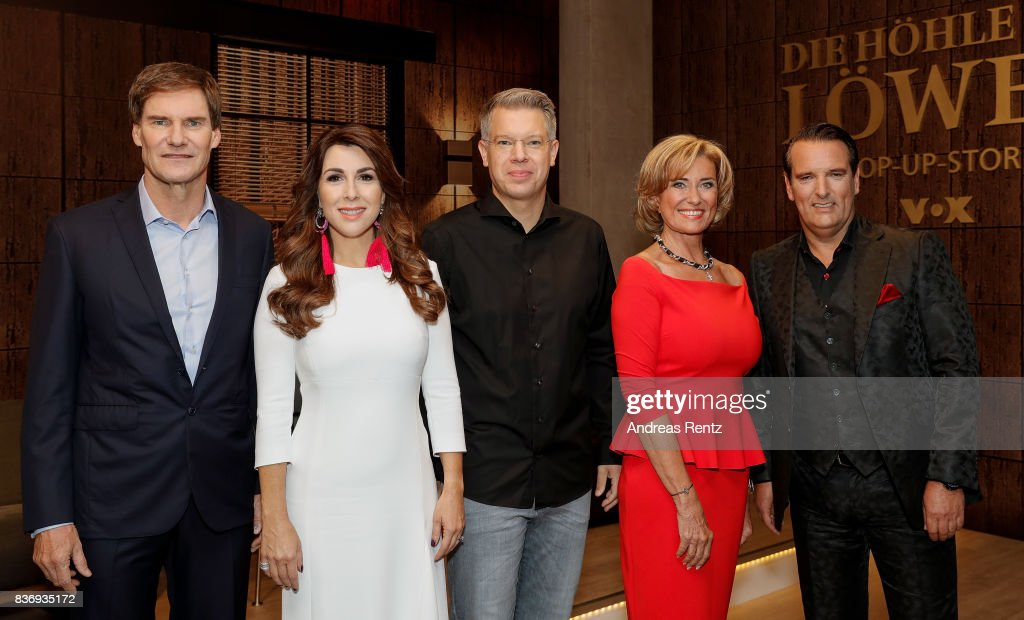 The investors Carsten Maschmeyer, Judith Williams, Frank Thelen, Dagmar Woehrl and Ralf Duemmel pose for a group picture during the photo call for the fourth season of the TV show 'Die Hoehle der Loewen' on August 22, 2017 in Cologne, Germany.