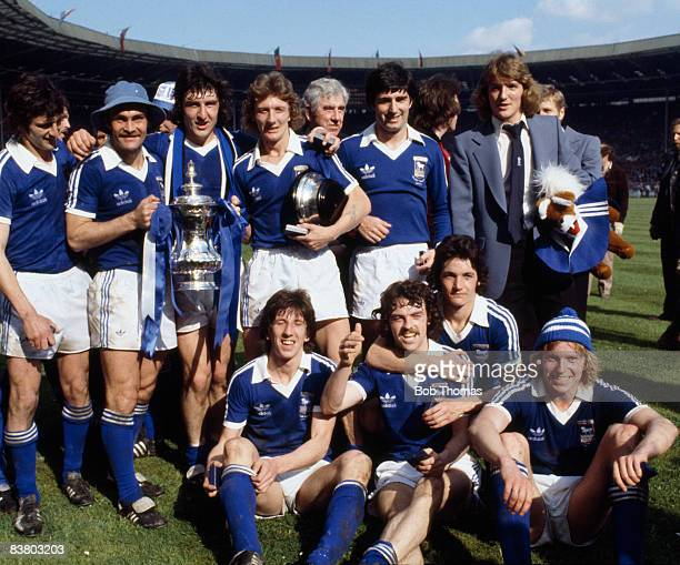 The Ipswich Town team with the FA Cup after defeating Arsenal 10 in the FA Cup Final at Wembley Stadium 6th May 1978 Ipswich captain Mick Mills is...