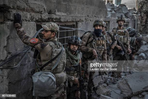 The Iraqi Army Special Operations Forces and CounterTerrorism Services made a new advance on Mosul'u2019s Old City and the alNuri Mosque complex...