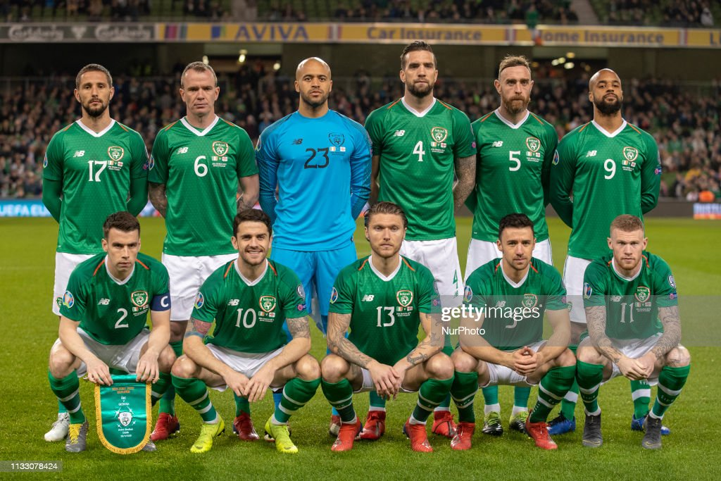on sale c2be1 095f7 The Irish national football team poses for a photo during ...