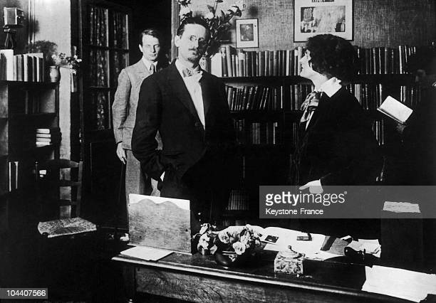 The Irish writer James JOYCE with the American Sylvia BEACH owner of the Paris bookstore SHAKESPEARE AND COMPANY in March 1930 Sylvia BEACH was the...