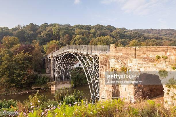 the iron bridge at ironbridge - ironbridge shropshire stock pictures, royalty-free photos & images