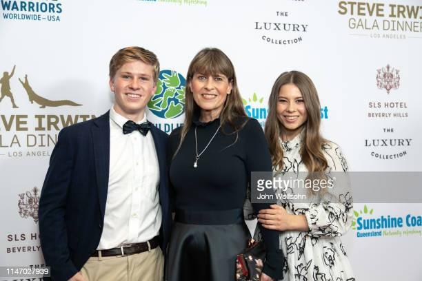 The Irwin Family Robert Irwin, Terri Irwin and Bindi Irwin attend Steve Irwin Gala Dinner at SLS Hotel on May 04, 2019 in Beverly Hills, California.