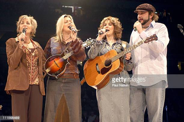 The Isaac's at the Bill Gaither Homecoming on 2/14/04 in Dallas, Tx.