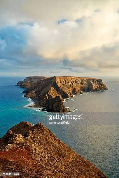 the island of ilhéu da cal in porto santo - madeira fotografías e imágenes de stock