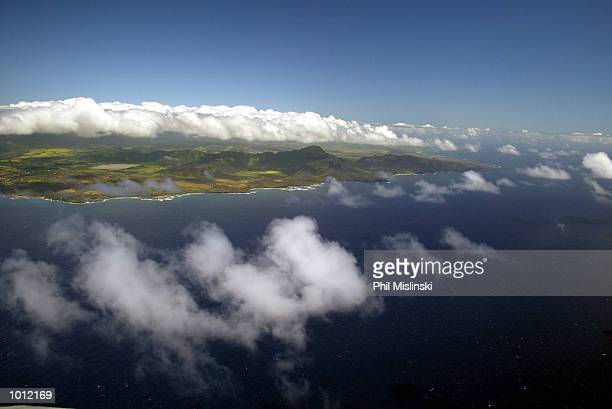 The island of Kauai is viewed from a US Navy UH3H helicopter piloted by Cmd Gayland Smallwood and Lt Cmdr Chris Barcomb during RIMPAC exercise...