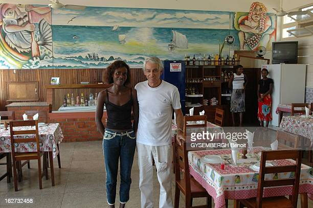 The Islands Of Sao Tome And Principe Vue intérieure du restaurant 'Le 6 septembre' avec ses deux propriétaires