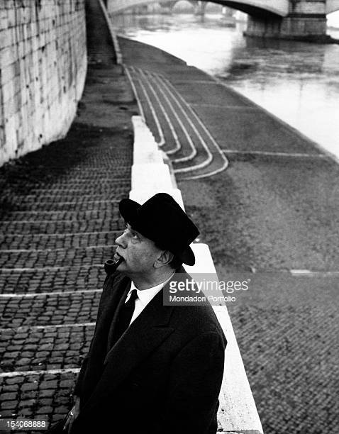 The Italian actor Gino Cervi playing police chief Maigret on the Tevere banks He is promoting the TV script Le inchieste del commissario Maigret of...