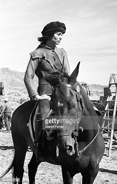 The Italian actress Elsa Martinelli during the filming of 'La Araucana' Madrid, Spain.