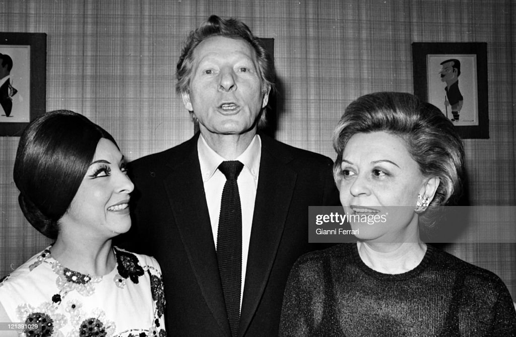 Giulietta Masina and Danny Kaye and Lucera Tena : News Photo