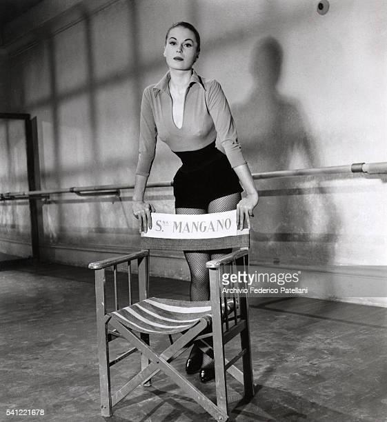 The Italian actress Silvana Mangano on the set of the film Mambo directed by Robert Rossen