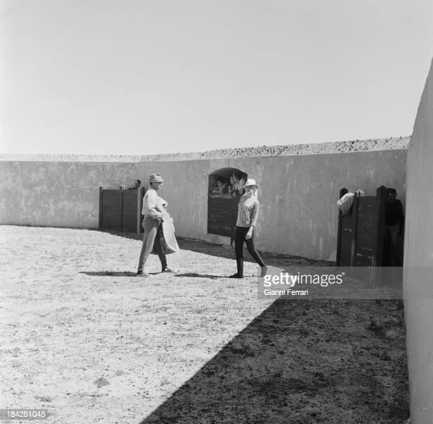 The Italian actress Virna Lisi with the bullfighter Luis Miguel Dominguin on his farm of 'Villa Paz' Cuenca Castilla La Mancha Spain