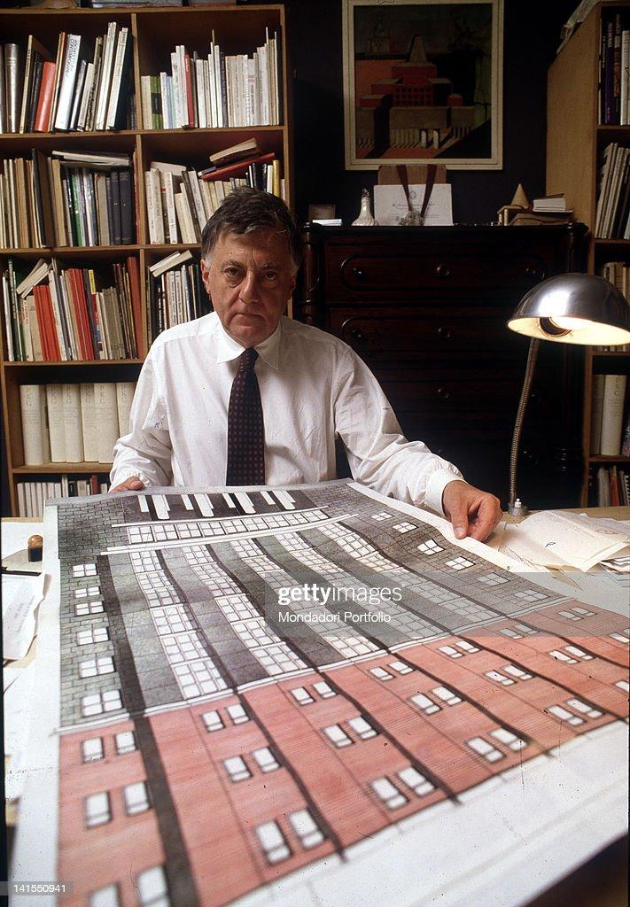 Aldo Rossi In His Study : News Photo