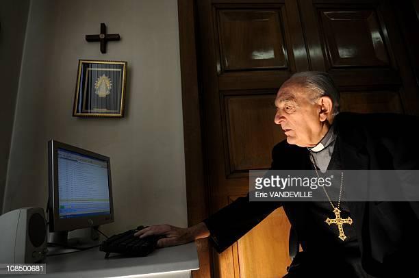 The Italian cardinal Roberto Tucci born in 1921 Jesuit has been president emeritus of Radio Vatican since 2001 Half Neapolitan half Scottish he was...
