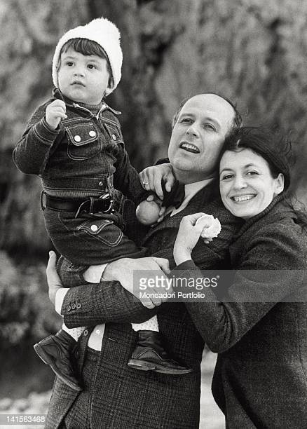 The Italian dancer Carla Fracci with her son Francesco and her husband Beppe Menegatti director and ballet librettist in the country Florence 1973