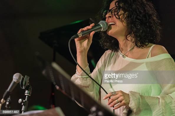 Vocalist Italian Susanna The At Performed Stivali Jazz 4EPxSwxH