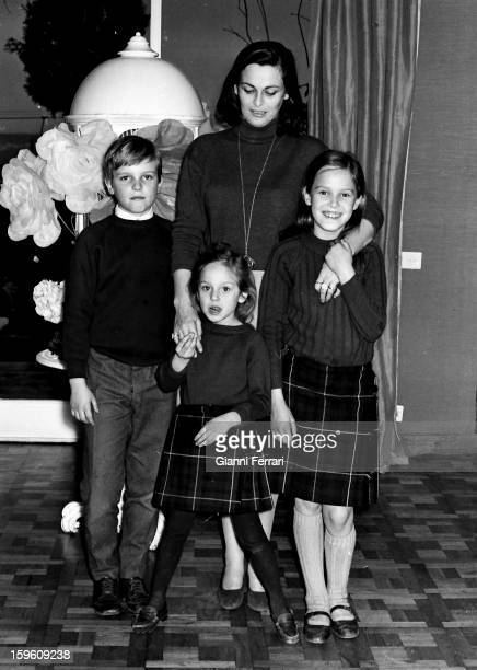 The Italian 'Miss Italy 1947 'and actress Lucia Bose with her children Miguel , Lucia and Paola at her home in Somosaguas Madrid, Spain