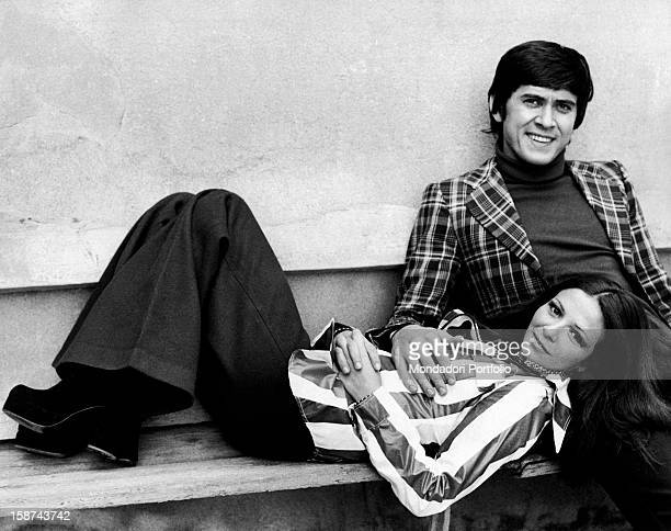 The Italian singer Gianni Morandi poses with his wife, the Italian actress Laura Ephrikian, better known as Laura Efrikian. Italy, 1972.
