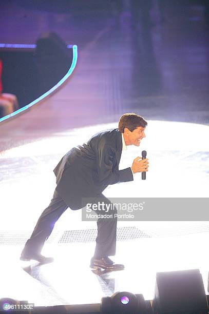 The Italian singer presenter and actor Gianni Morandi during his musical itinerant programme Non facciamoci prendere dal panico in an indoor sport...