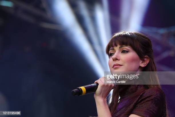 The italian singer Simona Molinari during a concert in Naples