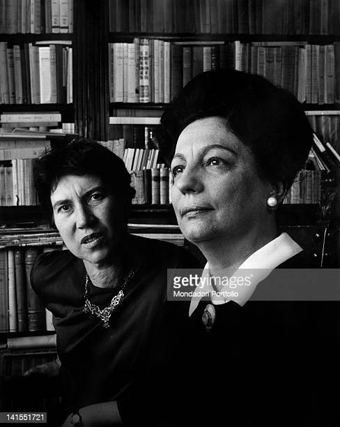 The Italian writer Natalia Ginzburg, winner of the Strega Prize, and Maria Bellonci. 1963