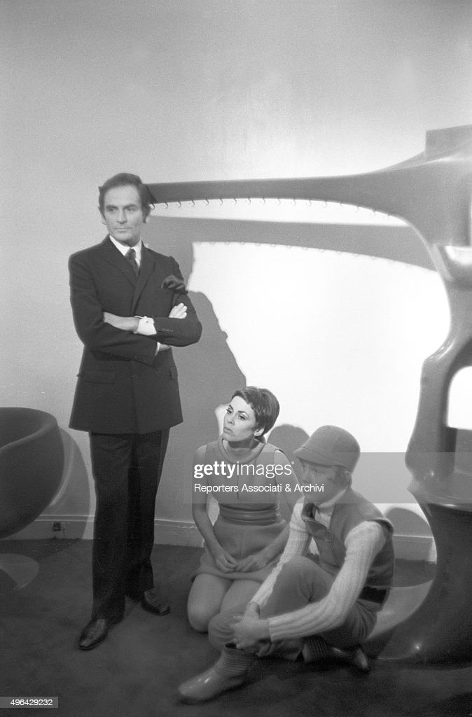 The Italian Born French Fashion Designer Pierre Cardin Posing Beside News Photo Getty Images