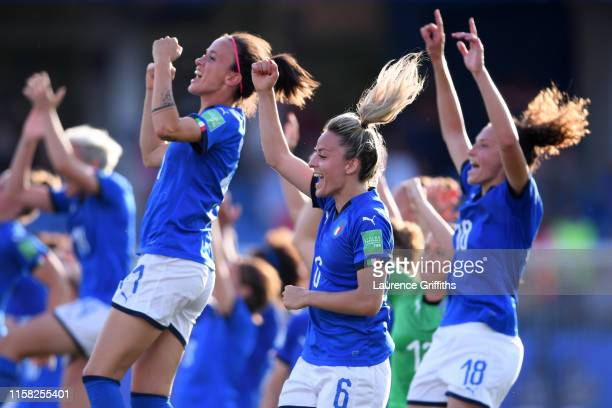 The Italy players celebrate following their sides victory in the 2019 FIFA Women's World Cup France Round Of 16 match between Italy and China at...