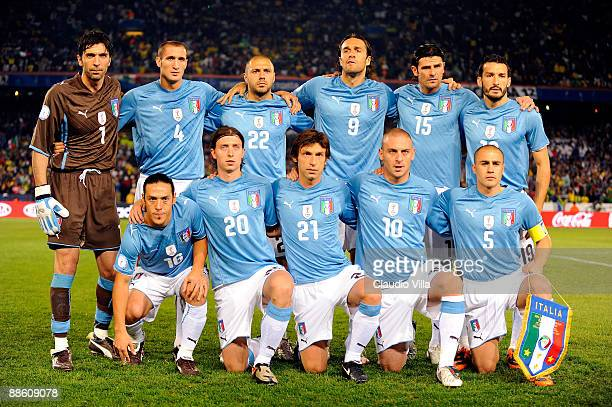 The Italy team poses before the FIFA Confederations Cup match between Italy and Brazil played at the Loftus Versfeld stadium on June 21 2009 in...