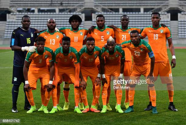 The Ivory Coast team pose for a group photo prior to the International Friendly match between the Ivory Coast and Senegal at the Stade Charlety on...