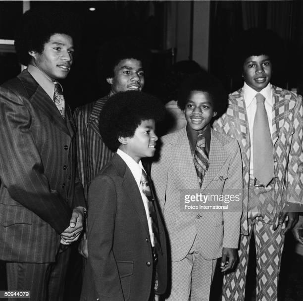 The Jackson 5 attend the NAACP Image Awards at the Hollywood Palladium, Hollywood, California, November 1971. From left, Jackie Jackson, Tito...