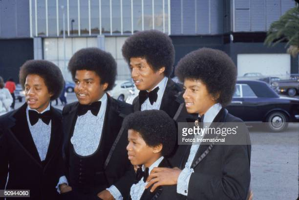 The Jackson 5 dressed in tuxedos attend the Grammy Awards Ceremony at the Hollywood Palladium Hollywood California March 5 1974 From left Jermaine...