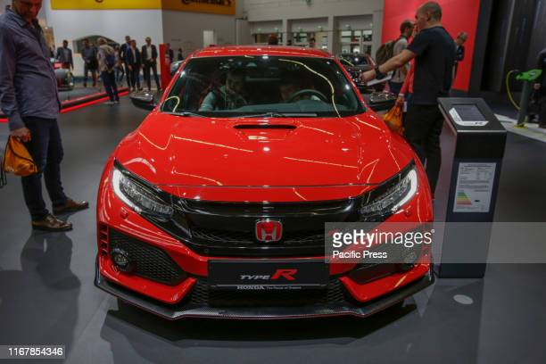 The Japanese car manufacturer Honda displays the Honda Civic Type R at the 2019 Internationale Automobil-Ausstellung .
