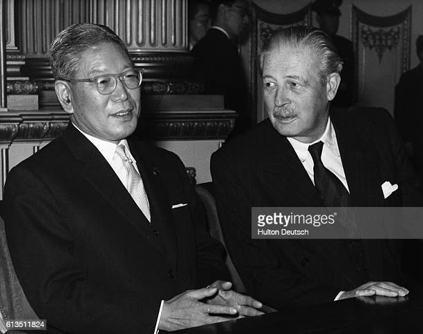 The Japanese Prime Minister Hayato Ikeda with the British Conservative Prime Minister Harold Macmillan at Lancaster House for the signing of the 1962...