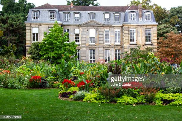 The Jardin des Plantes is one of seven departments of the Museum National d'Histoire Naturelle Three hectares are devoted to horticultural displays...