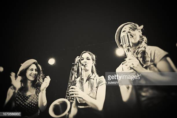 the jazz band - chic band stock pictures, royalty-free photos & images