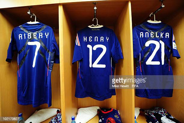 The jerseys of Franck Ribery Thierry Henry and Nicolas Anelka of France hang in the dressing room ahead of the 2010 FIFA World Cup South Africa Group...