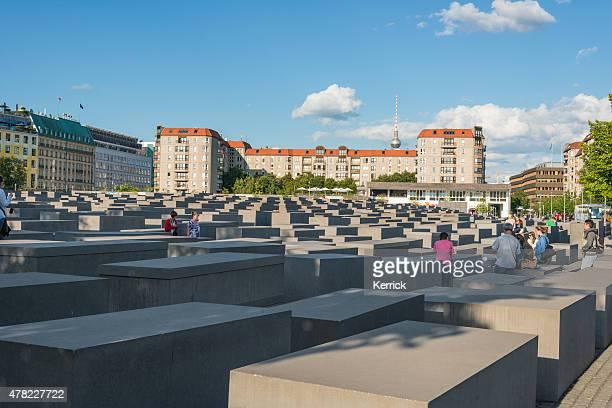 o memorial do holocausto judeu no centro de berlim, alemanha - holocausto - fotografias e filmes do acervo