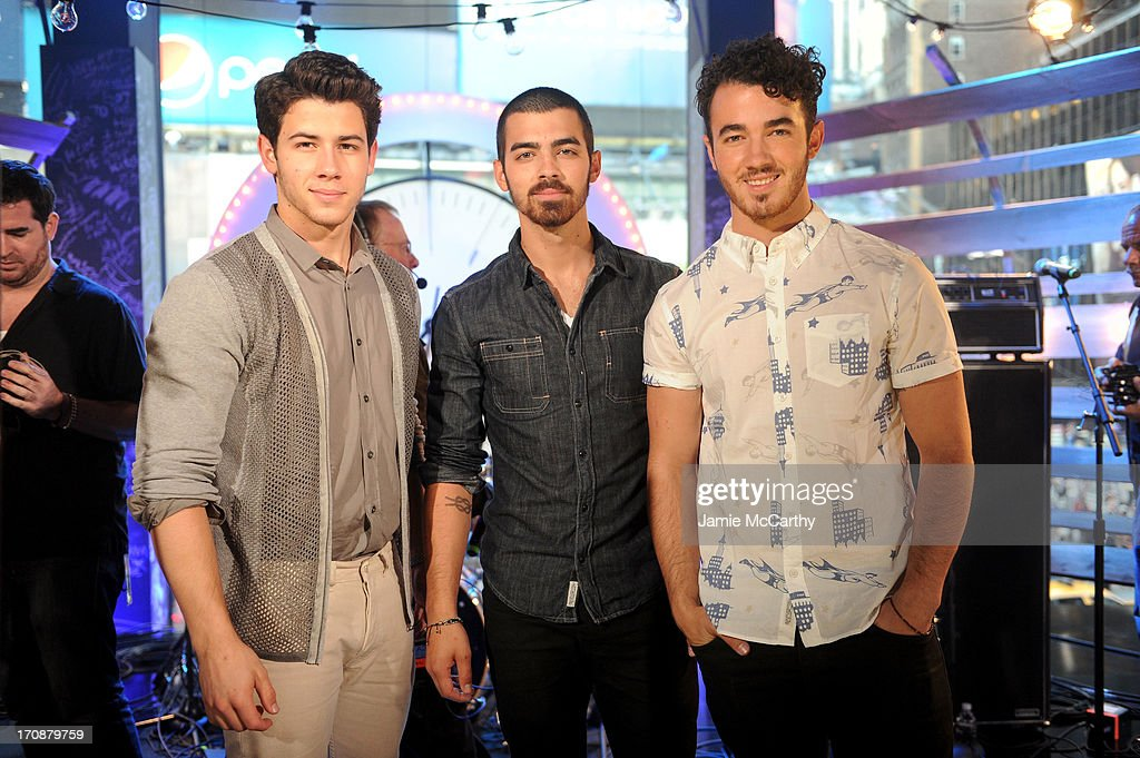 The Jonas Brothers perform during the MTV, VH1, CMT & LOGO 2013 O Music Awards on June 19, 2013 in New York City.