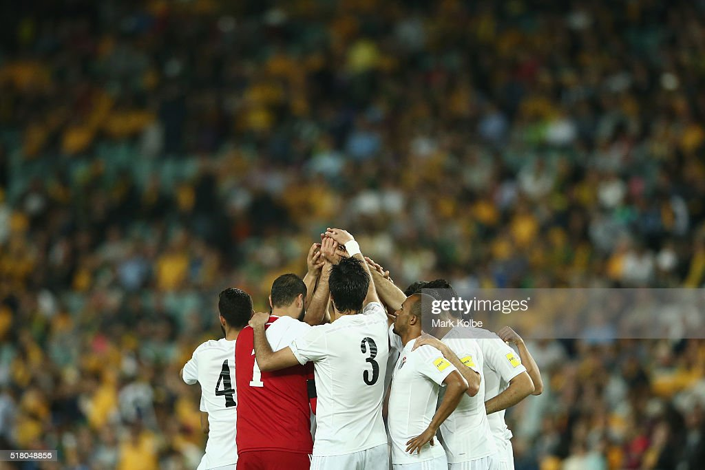 The Jordan team form a huddle before kick-off during the 2018 FIFA World Cup Qualification match between the Australian Socceroos and Jordan at Allianz Stadium on March 29, 2016 in Sydney, Australia.