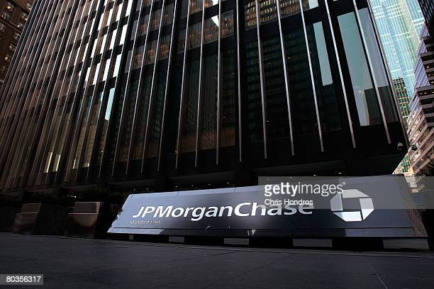 The JP Morgan Chase building is seen March 24 2008 in New York City A new agreement will give Bear Stearns shareholders ten dollars per sare five...